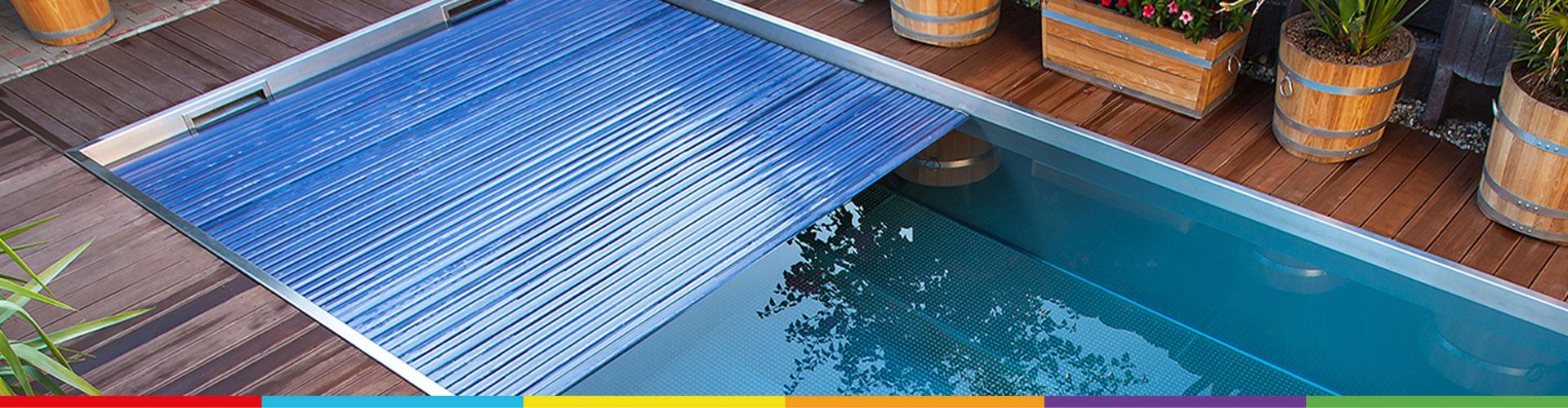 Accessoires aquacover couvertures volets de s curit for Accessoire piscine namur