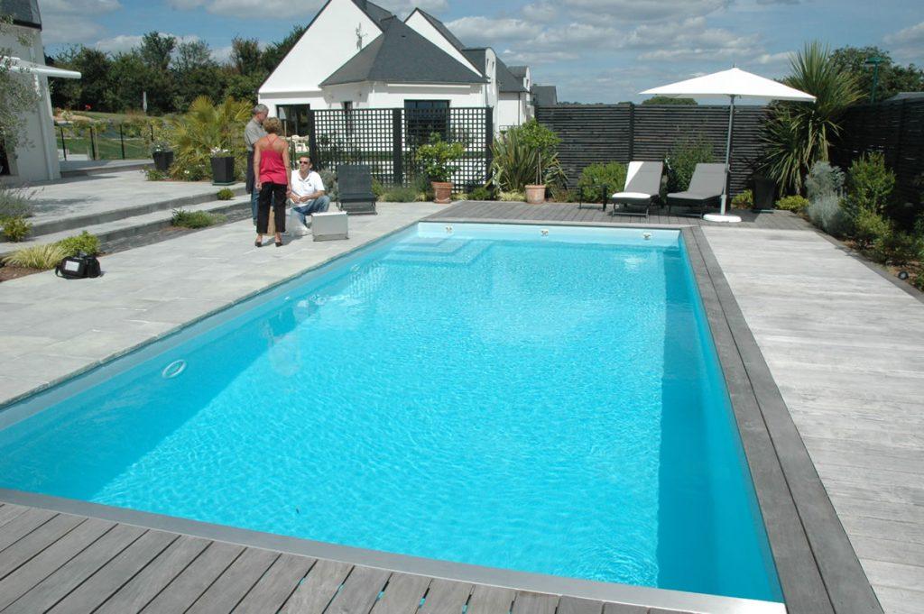 El gance mur de s paration aquacover couvertures for Accessoire piscine namur